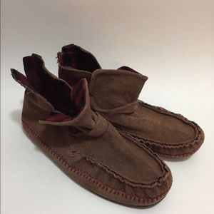 Rebel moccasins- brown - slight wear - size 8